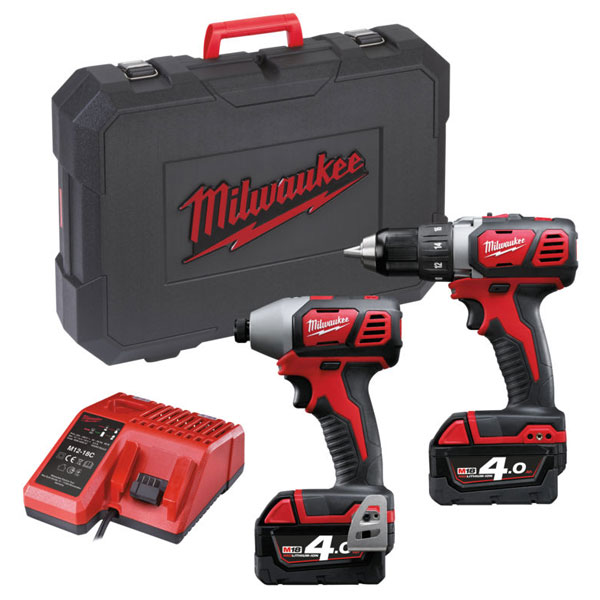 Milwaukee M18 BPP2D-402C  set náradia